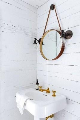 Inspiring Rustic Small Bathroom Wood Decor Design 35