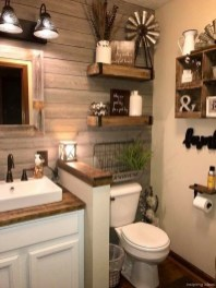 Inspiring Rustic Small Bathroom Wood Decor Design 41