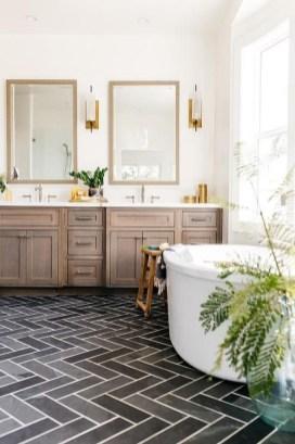 Inspiring Rustic Small Bathroom Wood Decor Design 42