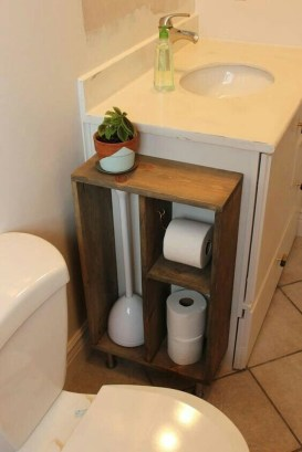 Inspiring Rustic Small Bathroom Wood Decor Design 44