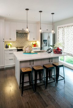 Lovely Small Kitchen Ideas 11