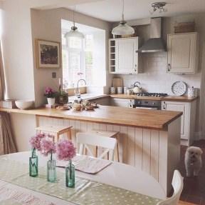 Lovely Small Kitchen Ideas 23