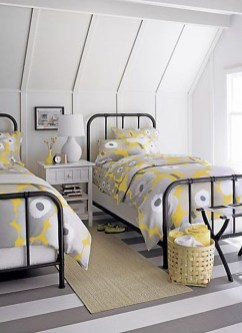 Lovely Traditional Attic Ideas 28