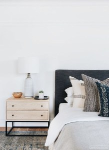 Modern Bedroom Curtain Designs Ideas 11