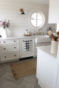 Amazing Home Kitchen Tile Design Ideas 2018 28
