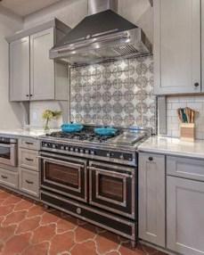 Amazing Home Kitchen Tile Design Ideas 2018 29