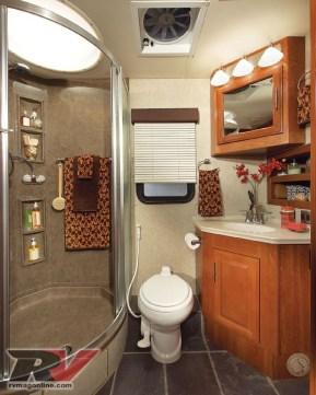 Amazing Small Rv Bathroom Toilet Remodel Ideas 32