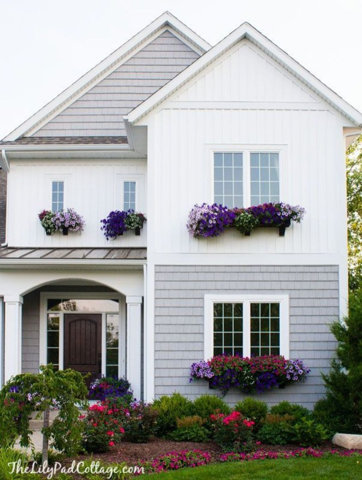 Amazing Windows Flower Boxes Design Ideas Must See38