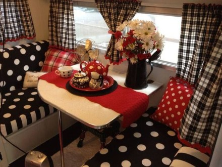 Fantastic Rv Camper Interior Ideas23