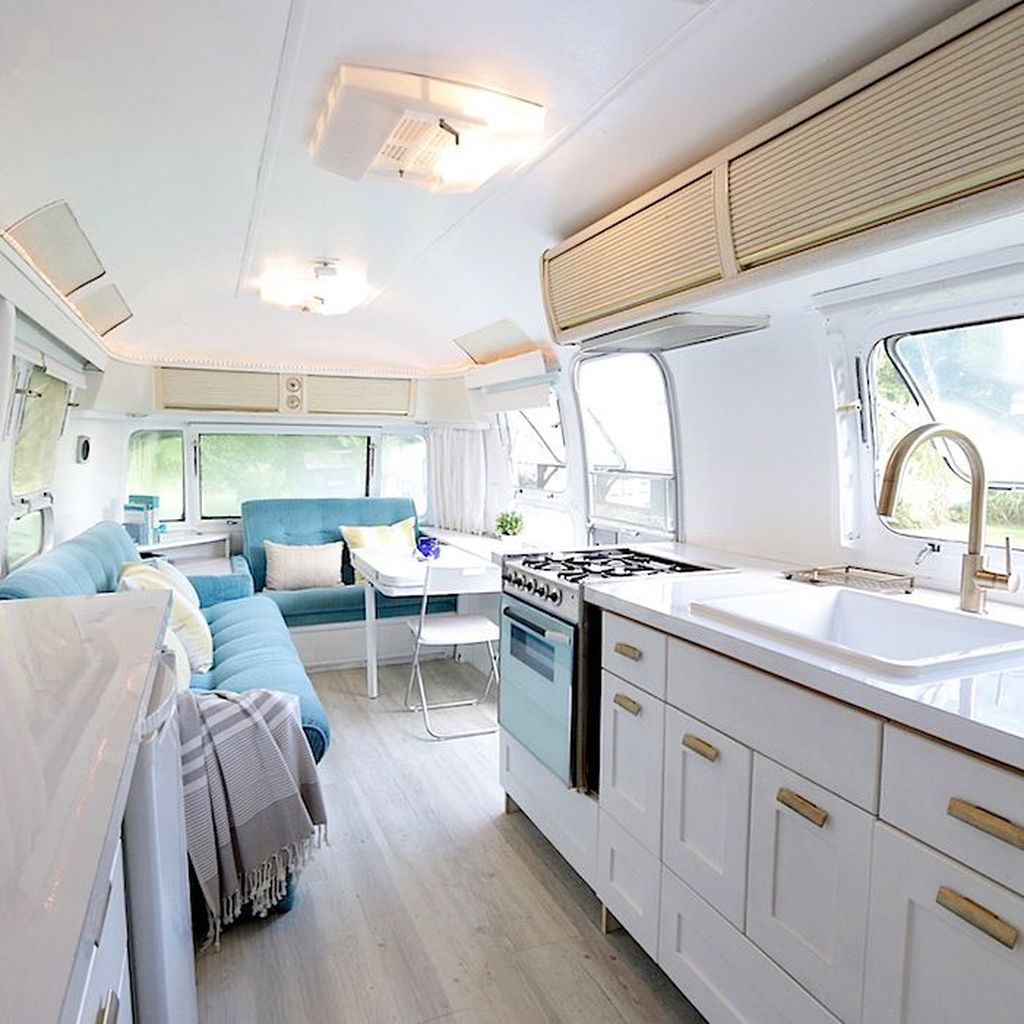 Fantastic Rv Camper Interior Ideas32
