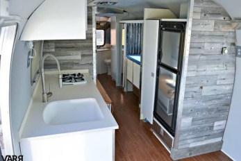 Fantastic Rv Camper Interior Ideas41