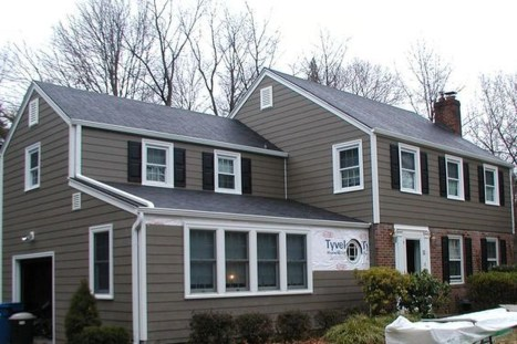 Ideas To Make Your Home Look Elegant With Vinyl Siding Color36