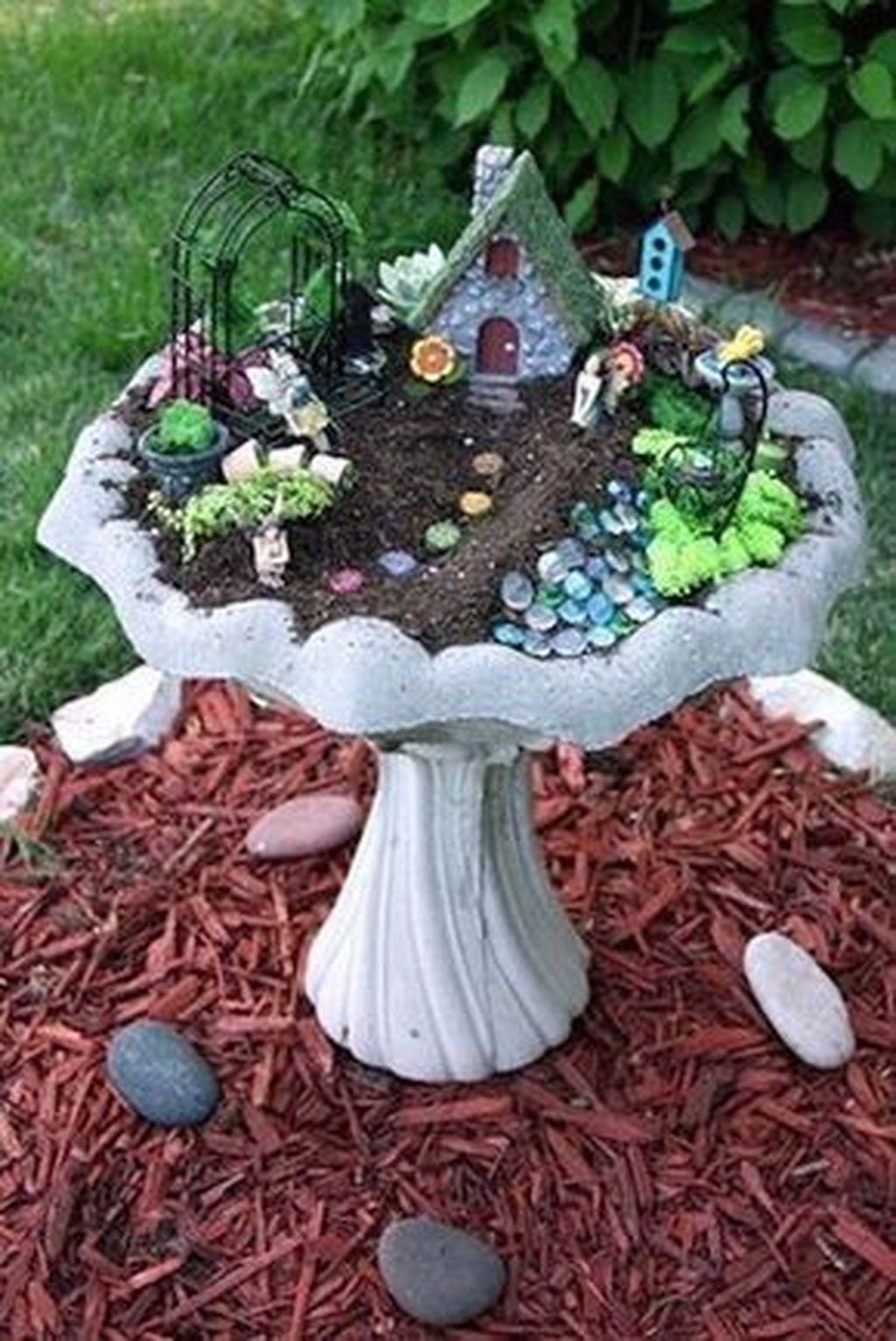 Stunning Fairy Garden Miniatures Project Ideas29