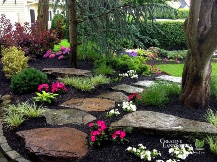 Amazing Big Tree Landscaping Ideas15