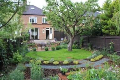 Amazing Big Tree Landscaping Ideas28