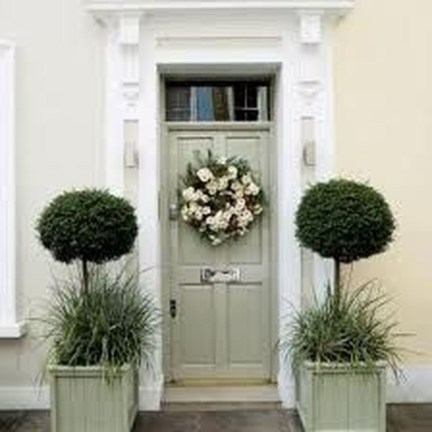 Awesome Front Door Planter Ideas15