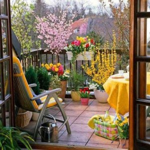 Awesome Small Balcony Garden Ideas01