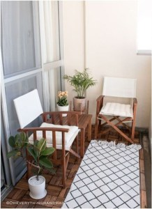 Awesome Small Balcony Garden Ideas30
