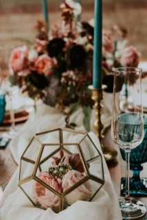Awesome Teal Color Scheme For Fall Decor Ideas38