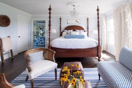 Elegant White Themed Bedroom Ideas41