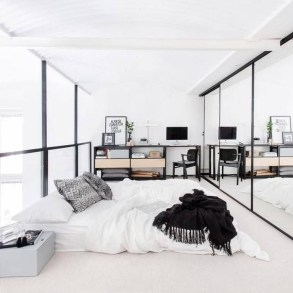 Elegant White Themed Bedroom Ideas43