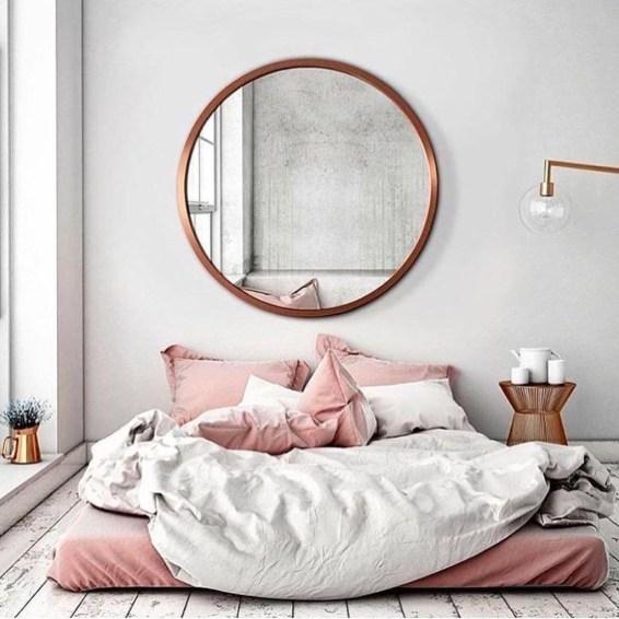 Elegant White Themed Bedroom Ideas45