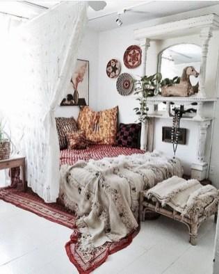 Inspiring Vintage Bohemian Bedroom Decorations07