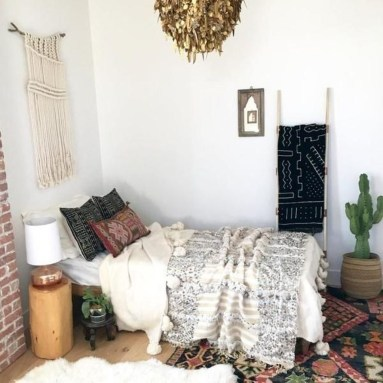 Inspiring Vintage Bohemian Bedroom Decorations28