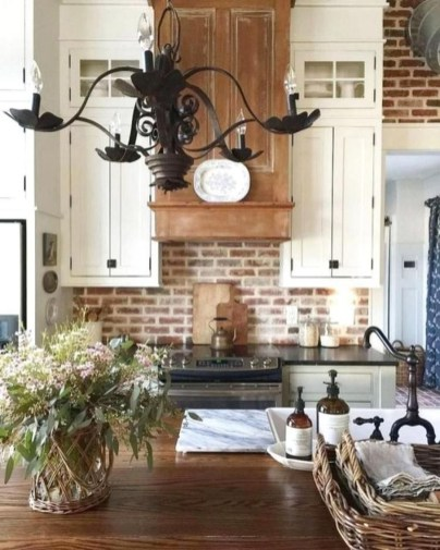 Lovely Rustic Western Style Kitchen Decorations Ideas 04