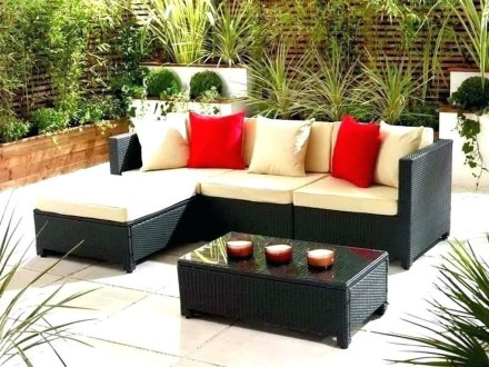 Modern Patio On Backyard Ideas34