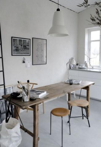 Simple Desk Workspace Design Ideas 07