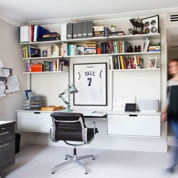 Simple Desk Workspace Design Ideas 37