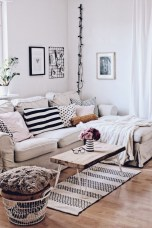 Wonderful Scandinavian Livingroom Decorations Ideas03
