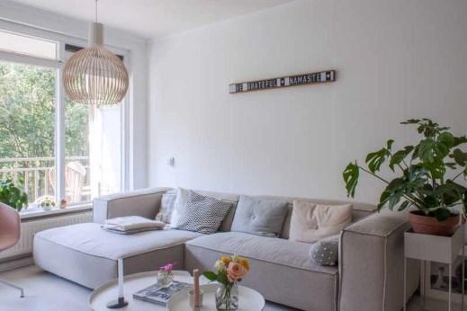 Wonderful Scandinavian Livingroom Decorations Ideas17