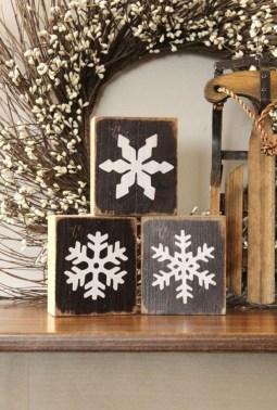 Amazing Farmhouse Winter Decoration Ideas17