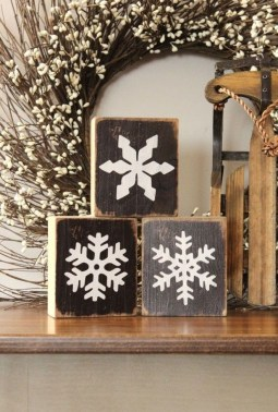 Amazing Farmhouse Winter Decoration Ideas17