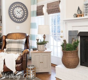 Amazing Farmhouse Winter Decoration Ideas20