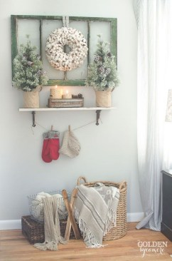 Amazing Farmhouse Winter Decoration Ideas24
