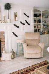 Attractive Diy Halloween Living Room Decoration Ideas02