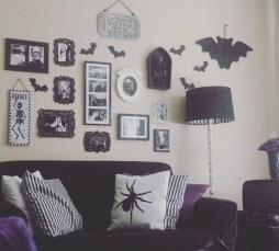 Attractive Diy Halloween Living Room Decoration Ideas11
