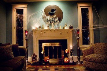 Attractive Diy Halloween Living Room Decoration Ideas17