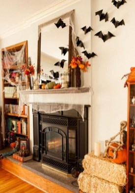 Attractive Diy Halloween Living Room Decoration Ideas28
