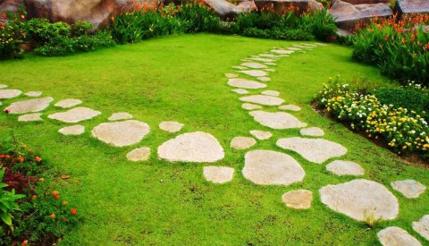 Awesome Diy Garden Path Inspiration Ideas14
