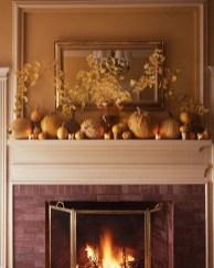 Fantastic Winter Mantle Decoration Ideas03