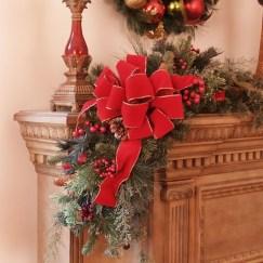 Fantastic Winter Mantle Decoration Ideas30