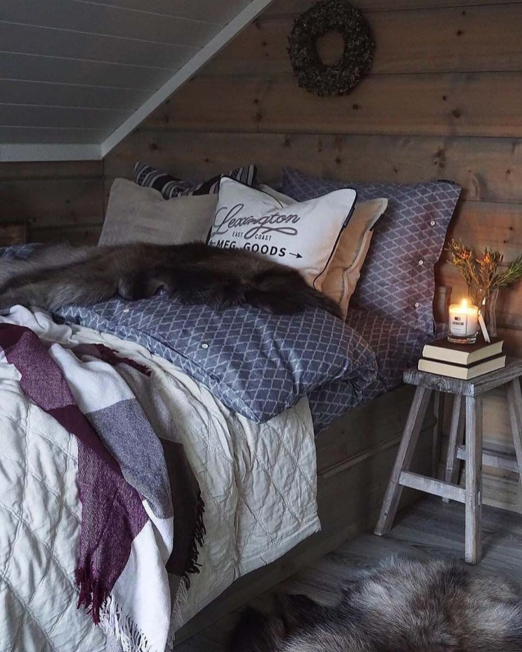 Perfect Winter Bedroom Decoration Ideas07