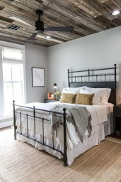 Romantic Rustic Farmhouse Bedroom Design And Decorations Ideas03