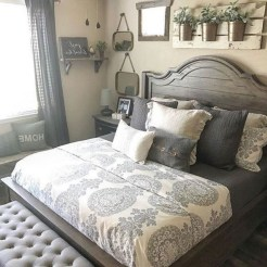 Romantic Rustic Farmhouse Bedroom Design And Decorations Ideas11