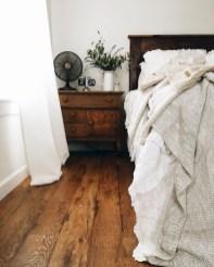 Romantic Rustic Farmhouse Bedroom Design And Decorations Ideas14