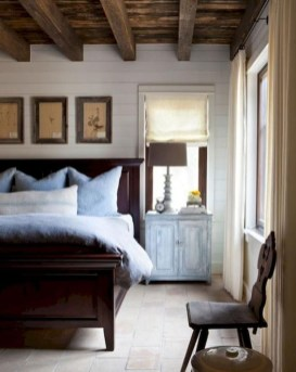 Romantic Rustic Farmhouse Bedroom Design And Decorations Ideas40